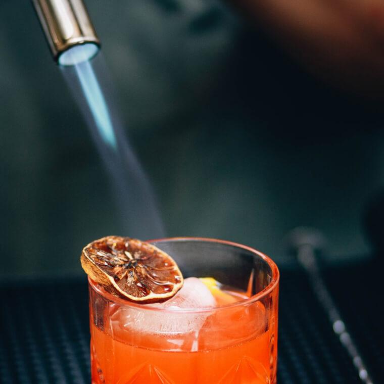 Craftails branding: cocktail